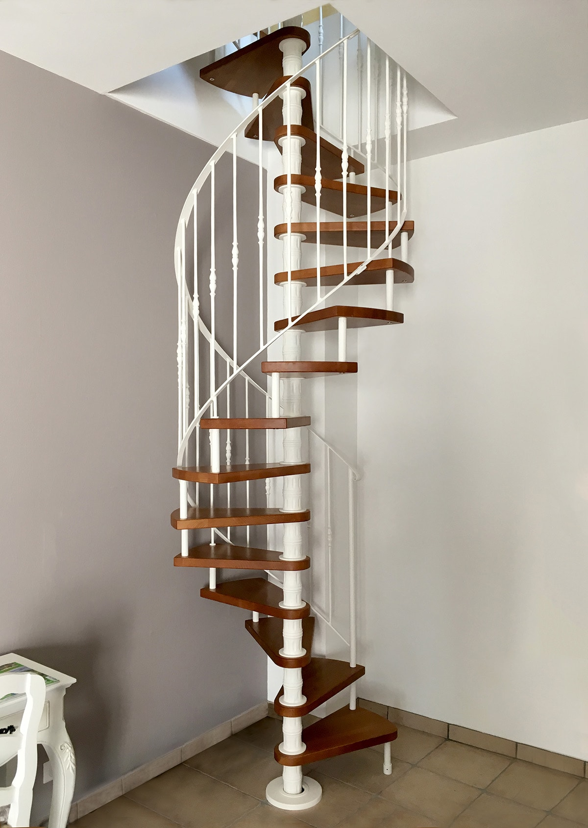 Newliving Scale Spiral Staircase